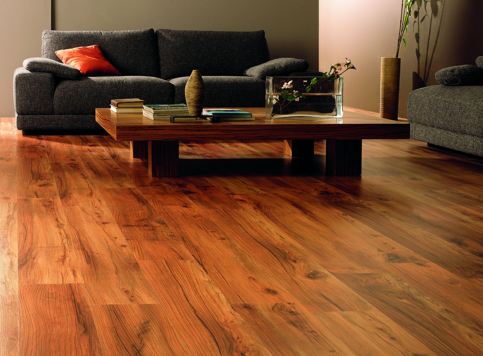 hardwood-flooring-living-room